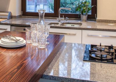 Stone Surgeon - High Polish and Clean Granite Counter top 5